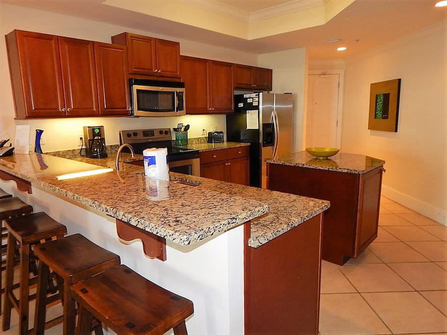 Granite,Marble,Microwave,Oven,Dining Table