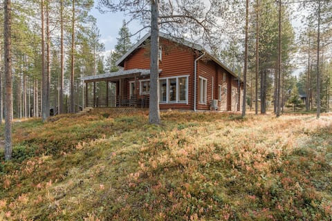 Eva's Idyllic Cabin 5 Mins to Slopes with Fire Hut