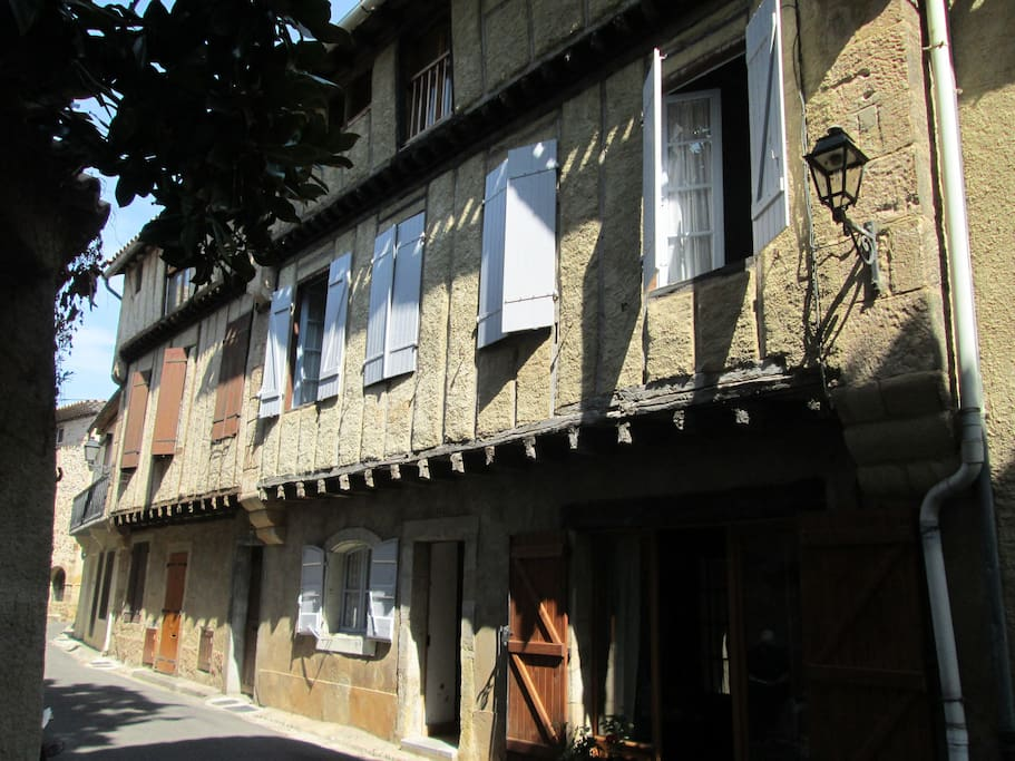 Front of the house in Rue Calviere
