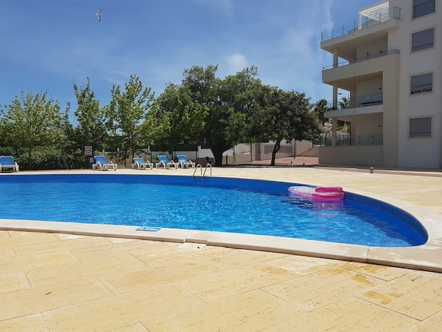 Carolina´s House - Beach & Pool -Albufeira Algarve