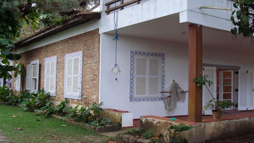 Casa para família frente da Praia da Cocanha