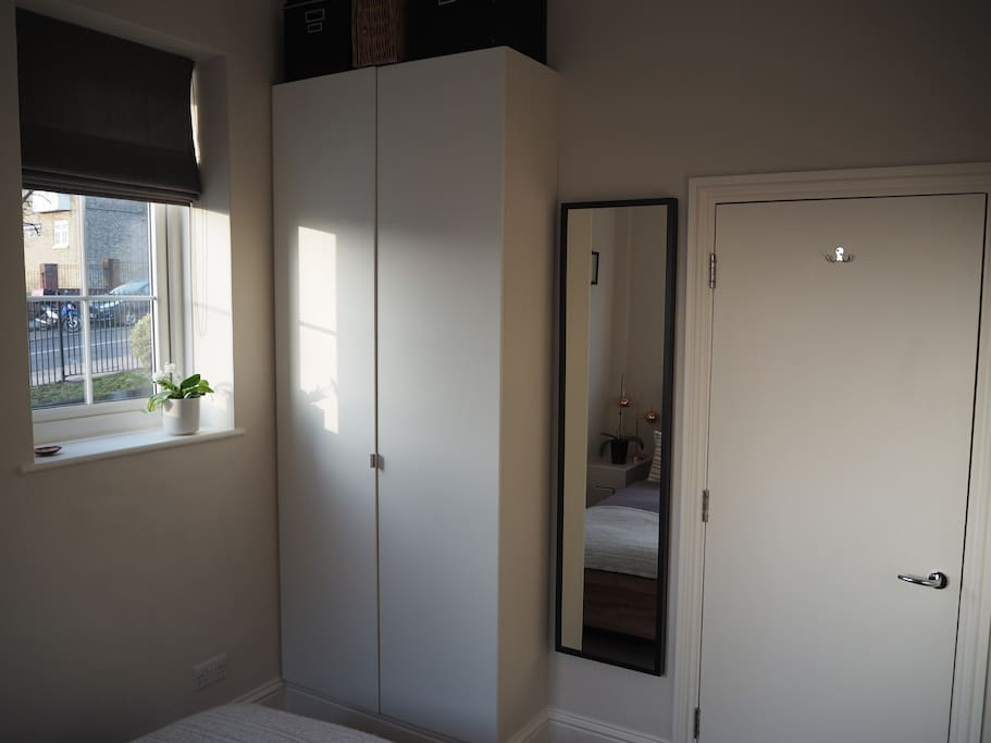 Double bedroom with wardrobe space