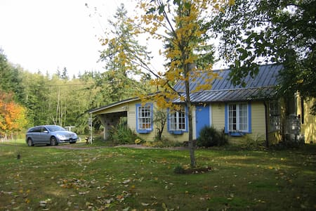 Artists Cottage on Whidbey Island