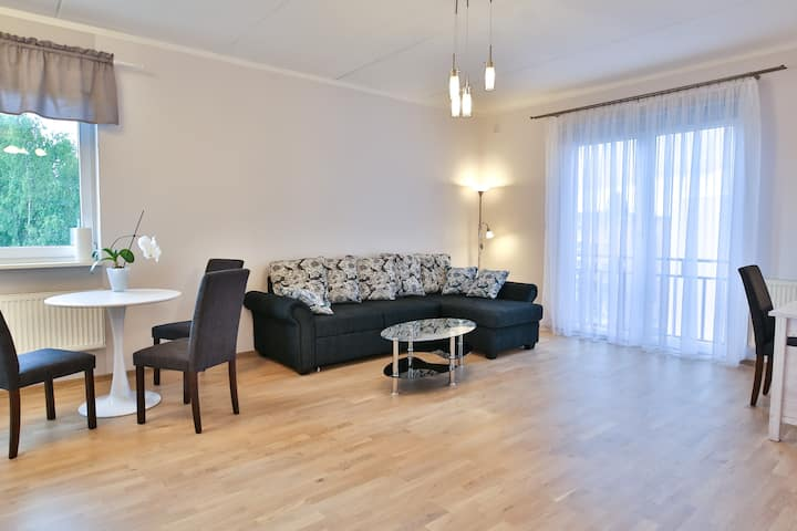 Modern private apartment near city centre