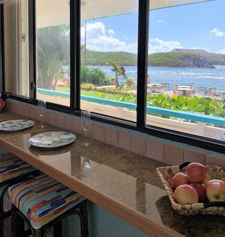 Beautiful Oceanfront Pool Level 2bd/2ba with W/D