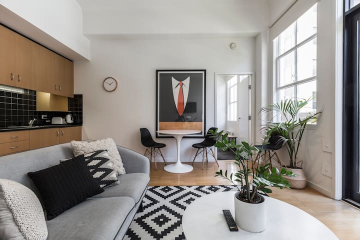 Designer City Heritage Apartment