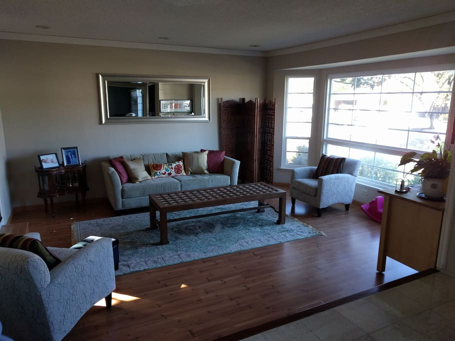 Bright Living Room, Comfortable seating