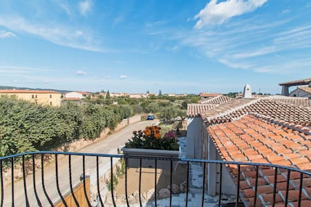 Residenza l'Orchidea - camera grigia - Budoni - Bed & Breakfast