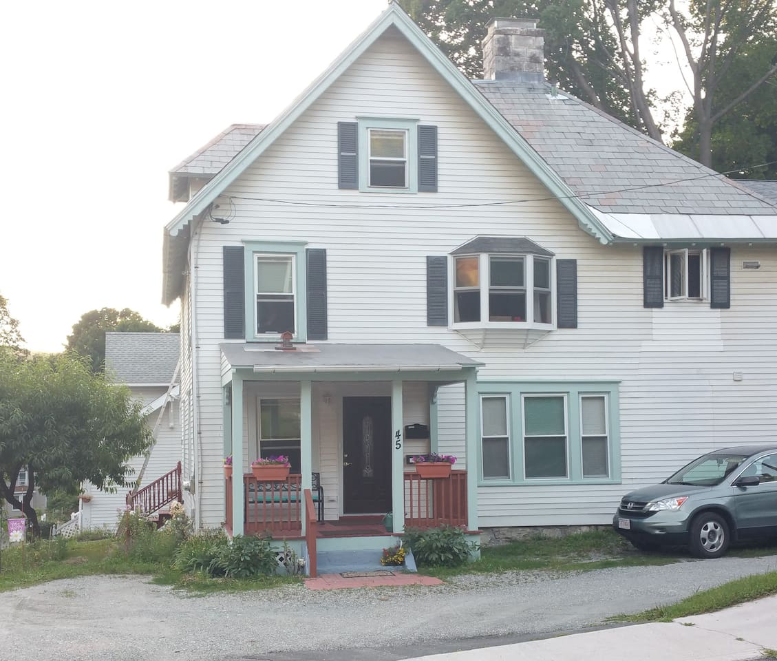 The house, with apartment being on the 1st floor