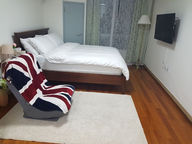 Incheon Airport Convenient Premium Studio