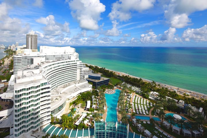Fontainebleau Oceanview Jr Suite 2 FREE SPA PASSES