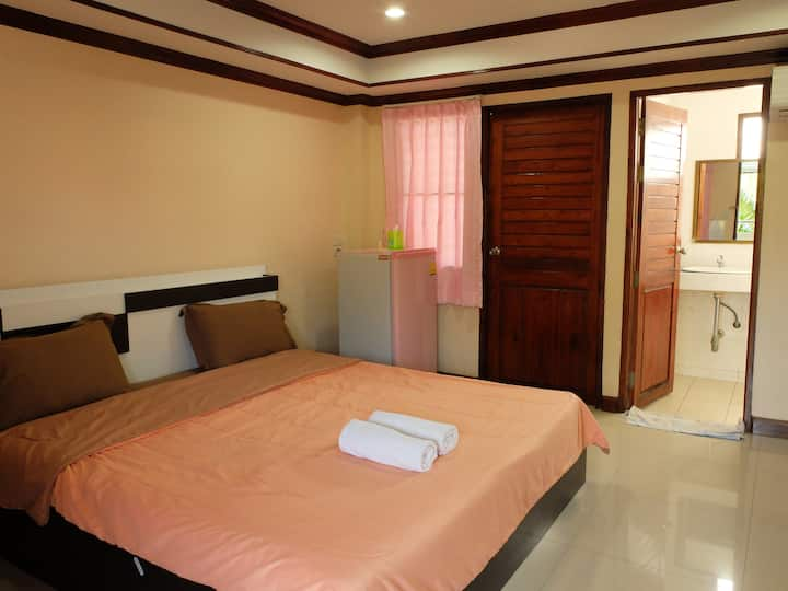 Deluxe Room ,Tree House Chachoengsao