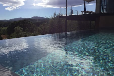 Orb valley view loft house with heated pool