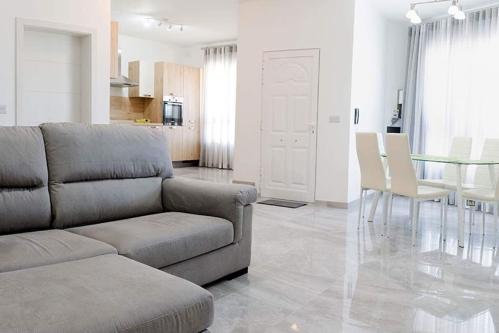 Air conditioning, fully fitted kitchens, modern, new layouts and a superb country view are just some of the perks when renting out this apartment for your next holiday.