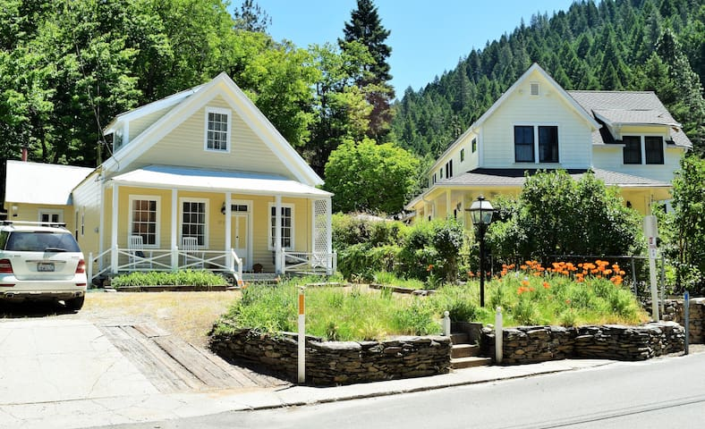 Downieville Victorian Cottage-4 bedroom - Downieville - Haus