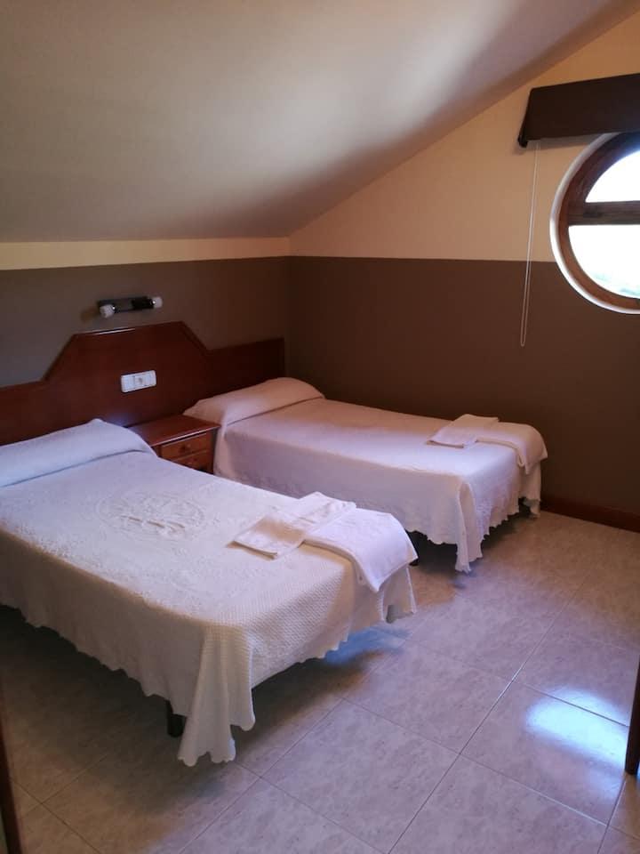 Habitación Standard con 2 camas