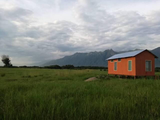 Eco-friendly, tiny house at Matema Beach!
