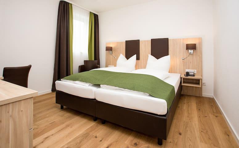 Gästehaus Turmblick (Bad Abbach), Ferienwohnung 1 mit kostenfreiem WLAN