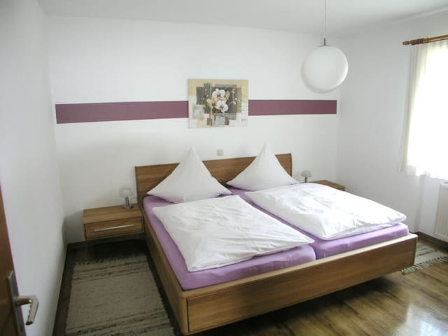 Gästehaus Gutensohn, (Wasserburg), Ferienwohnung 2, 46qm, 1 Schlafraum, max. 4 Personen