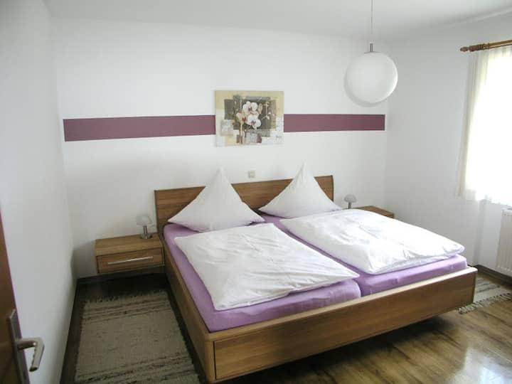 Gästehaus Gutensohn, (Wasserburg (Bodensee)), Ferienwohnung 2, 46qm, 1 Schlafraum, max. 4 Personen