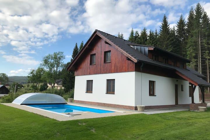 Cottage U Krešů, Kůsov 467, Stachy, Šumava