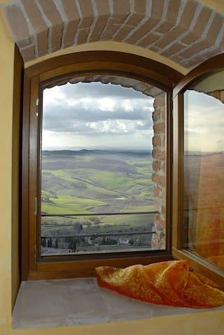 Osteria del Borgo Deluxe Suite, Valley view