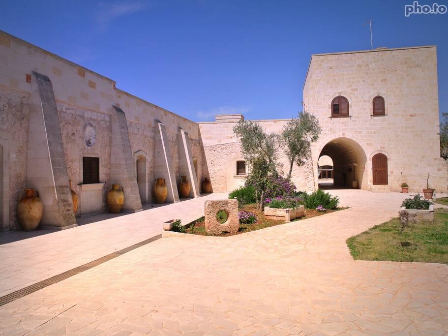 Viale d'ingresso Masseria