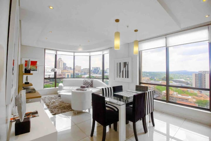 Presidential Suite With Commanding View of Sandton