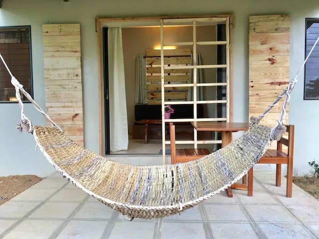 FOREST VILLA, DON SALVADOR BENEDICTO  2+2 guests