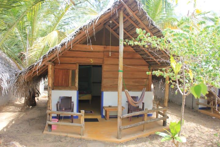 Sanddune Beach Hotel, Arugambay