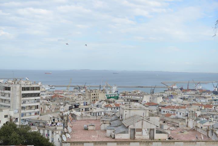 Alger Centre ,vue imprenable sur la Baie d'Alger
