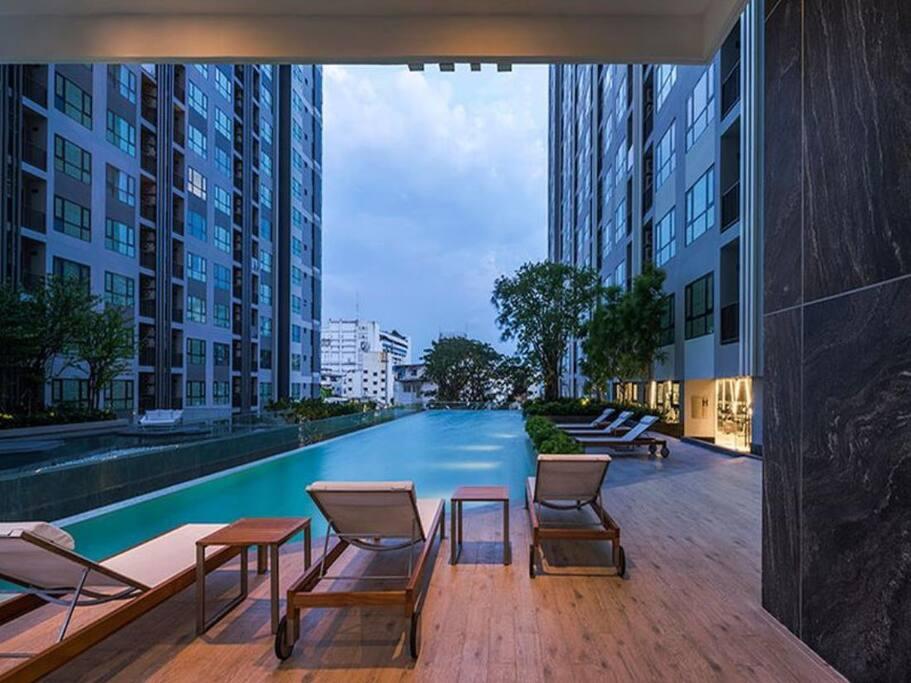 Stunning Pool deck