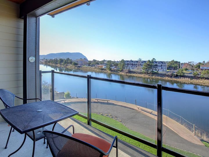 Discover the River's Edge at this luxury condo in the heart of Seaside!