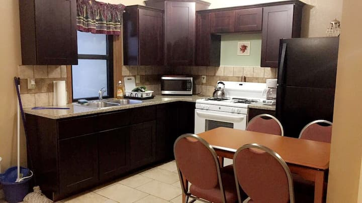 RSF 2 bedroom apartment Dodge City #2