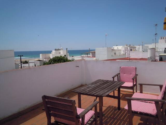 Casa de 3 plantas en la playa
