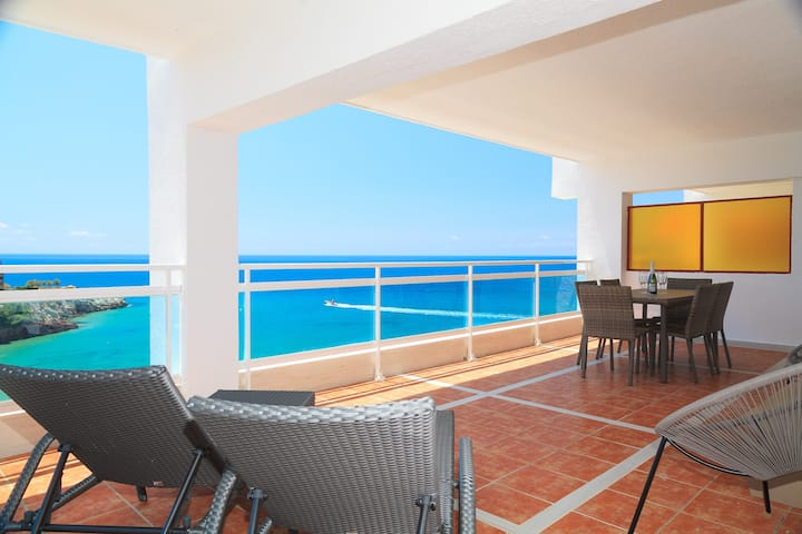 AirCon Apartment with beautiful sea views · UHC SCALA MAR 252