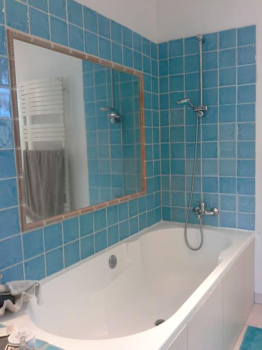 Baignoire chambre 2