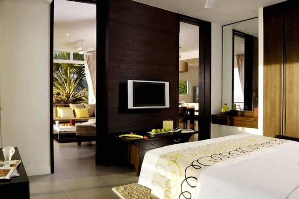 main bedroom has en suite full bathroom and tv  King bed