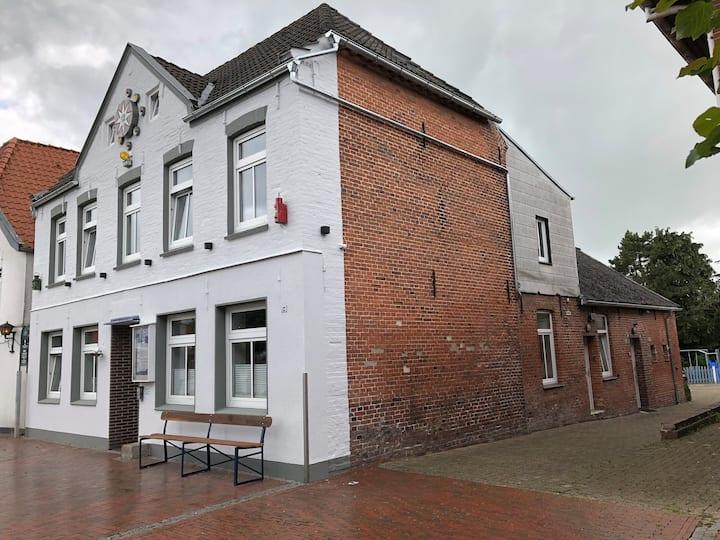 """OVERGROOT, Hooksiel """"Alten Hafen"""", Sauna"""