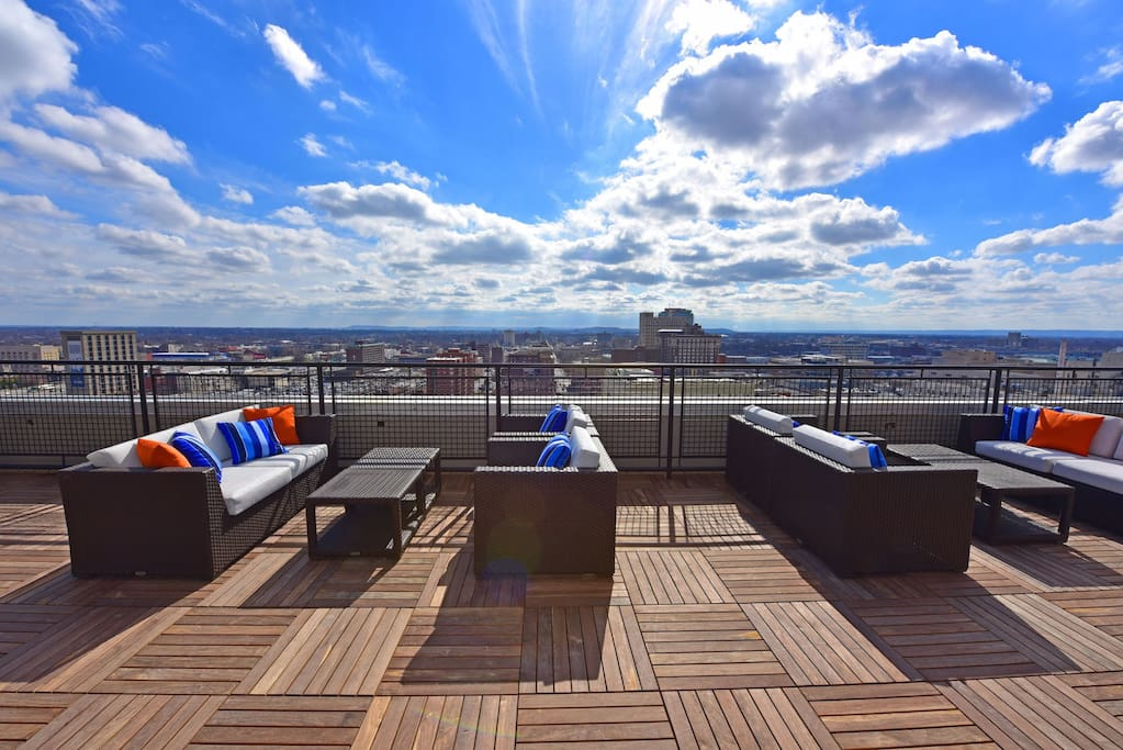 Views for days of downtown Louisville from the Rooftop Sundeck.