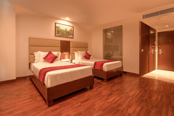 Executive Room in Sector 1 - Noida