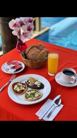 Hab familiar p/4-5 .Playa. Alberca. Desayuno Free‼️