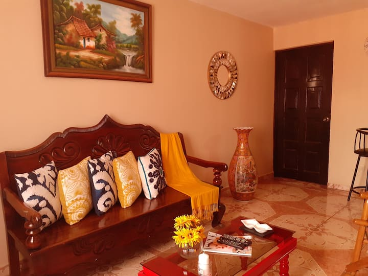 Residencia Cacique A/C near LIR Airport & Beaches