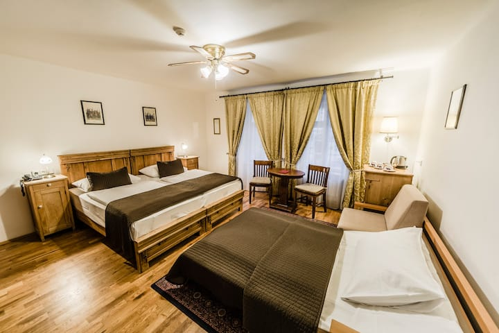 Triple room in Archibald At the Charles Bridge