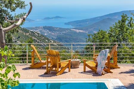 4 bedroom Villa sleeps 9 in Alanya