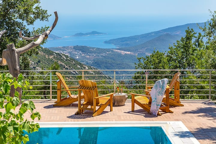 4 bedroom Villa sleeps 9 in Alanya