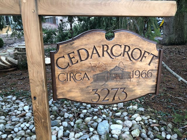 Cedarcroft in  Burlington
