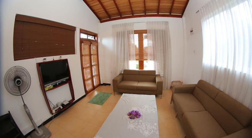 Entire Apartment with all Essentials - Matara - Apartment