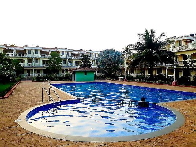 3 bedroom pool villa by the beach