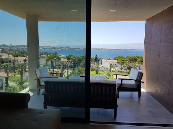 Dalyan'da deniz manzaralı residence daire